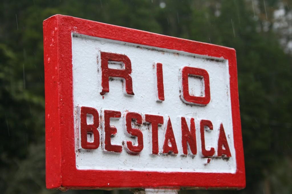 Placa Rio Bestança