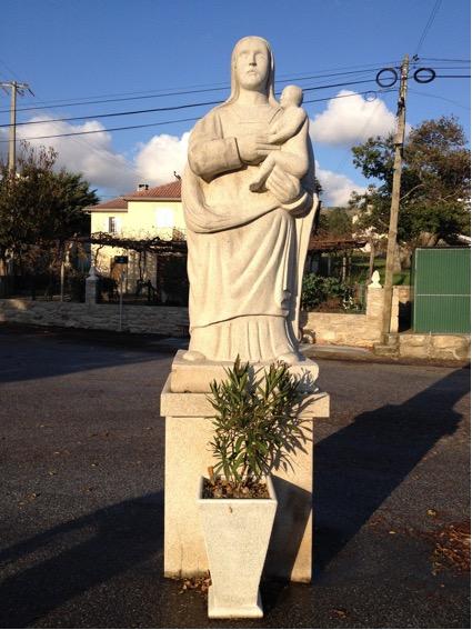 Obra do escultor José Maria Laginhas