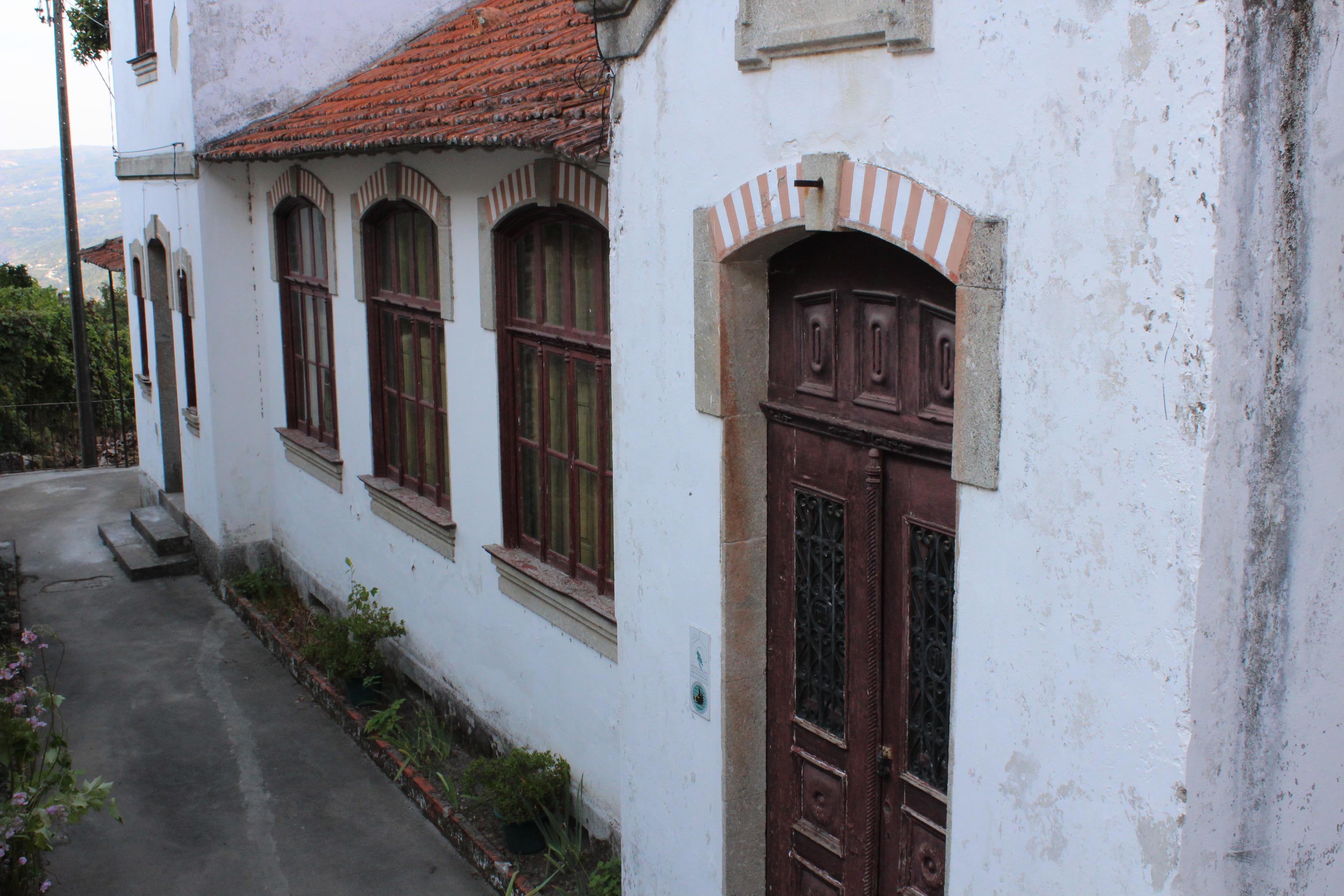 #4A5C81 Restauro e Manutenção de Património Associação para a Defesa do  1432 Reparação Vidros Janelas