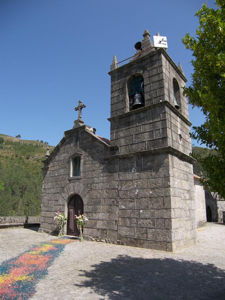 Sistelo-Kirche1